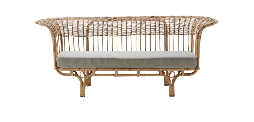 Soffa i rotting med grå dyna från Sika design, Belladonna
