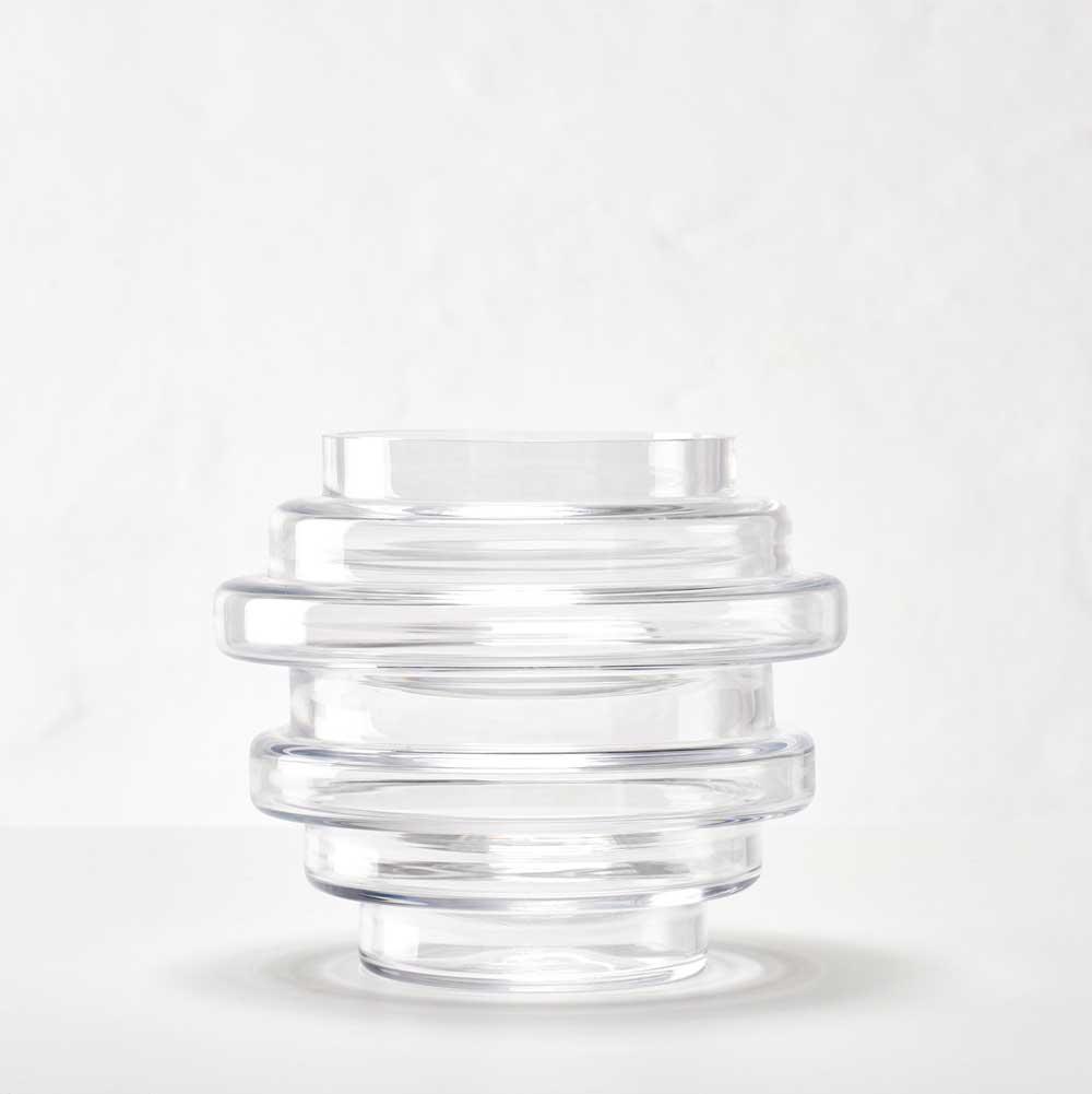Vako vatten 120 kan du använda antingen som vas eller som ljuslykta