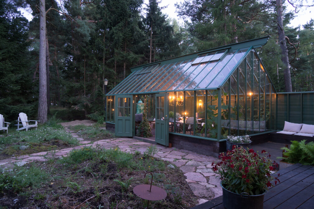 Växthus i tallskogen