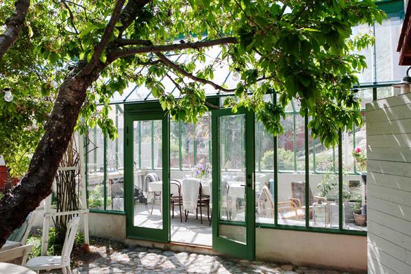 Välkommen på öppet växthus på Vaxholms Bed & Breakfast söndag den 10:e juni.