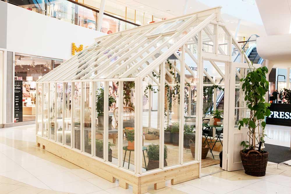 Ett av våra växthus står i Nacka Forum.
