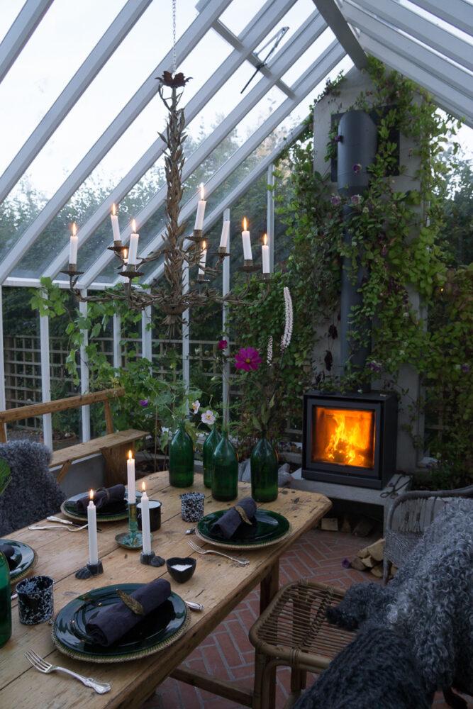 Växthus med kamin