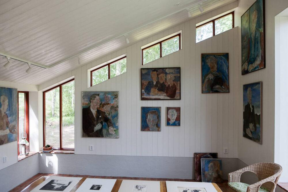 Ett galleri inifrån