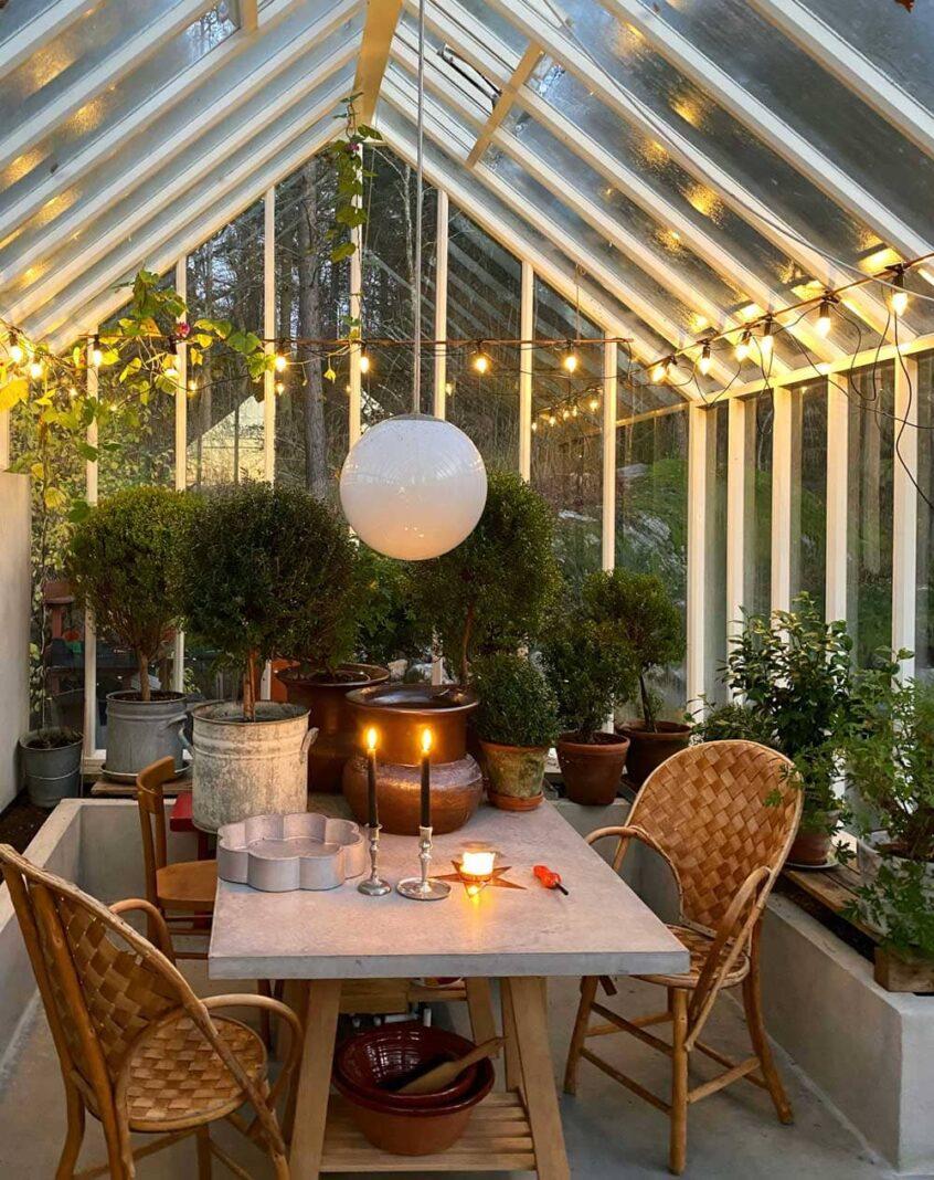 Julbelysning i växthus.