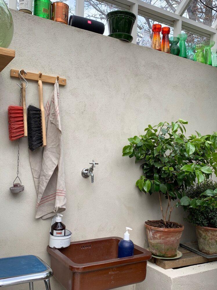 en vask i växthuset