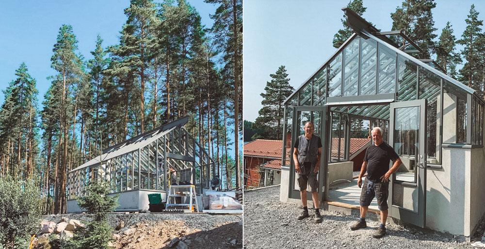 Grått växthus med sadeltak