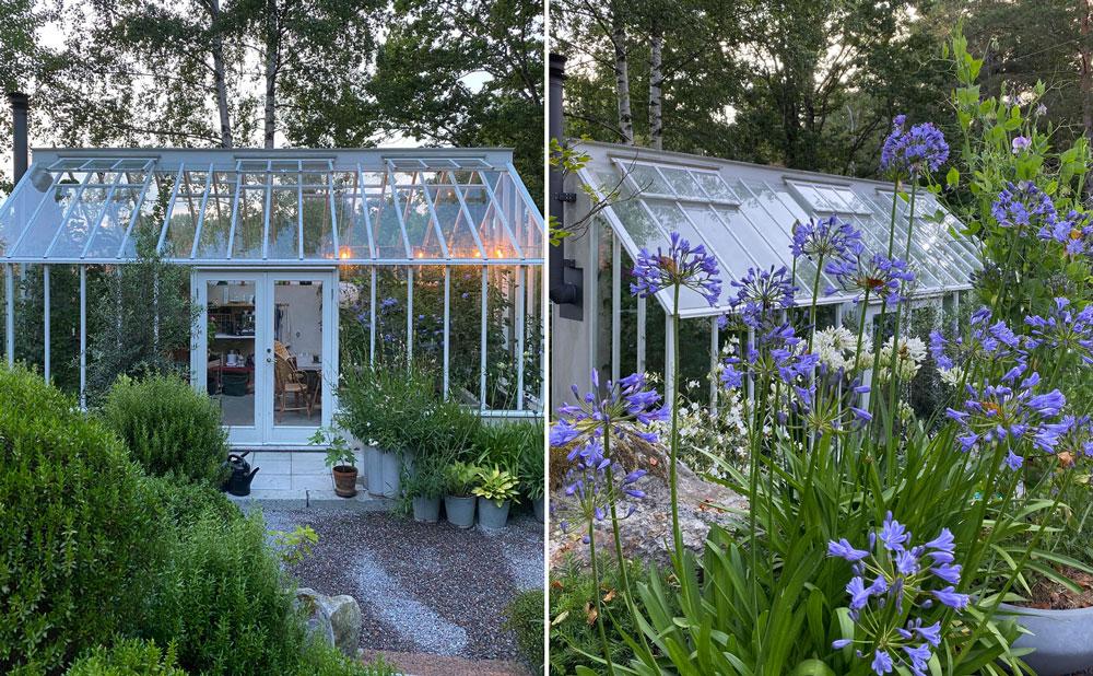 Vitt växthus med sadeltak i Attefallsstorlek.